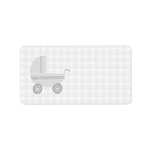 Cochecito de niño gris claro y blanco del bebé etiquetas de dirección