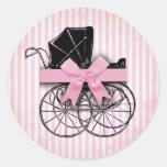 Cochecito de niño y arco rosados dulces del carro etiquetas redondas