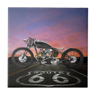 Coches de la motocicleta del vintage - ruta 66 - S Teja