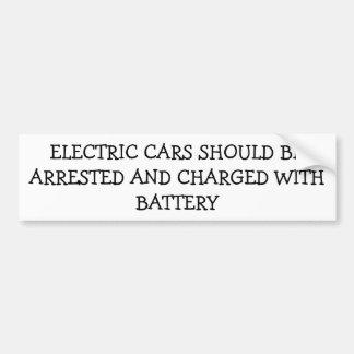 Coches eléctricos arrestados encargados de la pegatina para auto