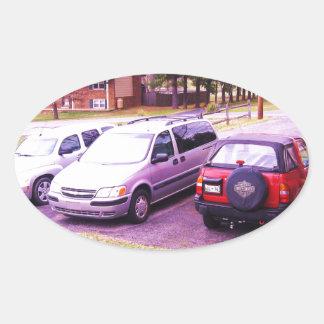 coches familiares de cars.JPG en calzada Pegatina Ovalada