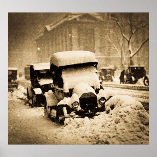 Coches pegados en la sepia 1917 de la nieve de New Póster
