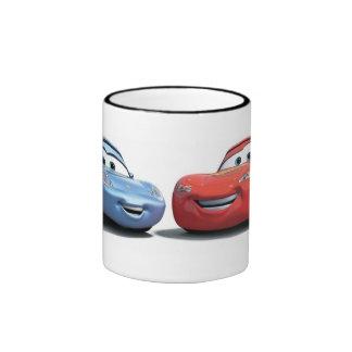Coches que encienden McQueen y a Sally Disney Taza De Dos Colores