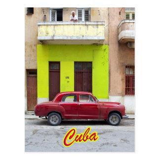 Coches y fachadas viejas, La Habana, Cuba del vint Postal