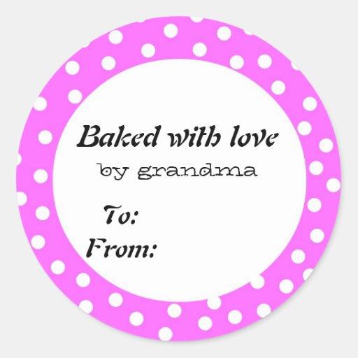 Cocido con el lunar del rosa del amor etiquetas redondas