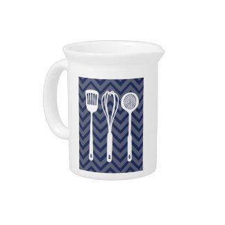 Cocina blanca - utensilios en galón jarras de beber