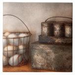 Cocina - comida - huevos - frescos esta mañana tejas  cerámicas