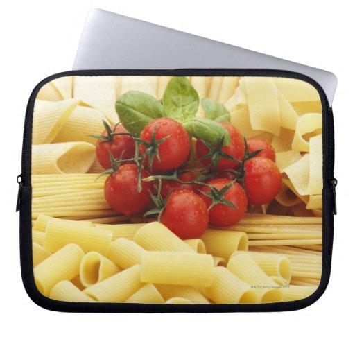 Cocina italiana. Pastas y tomates Funda Portátil