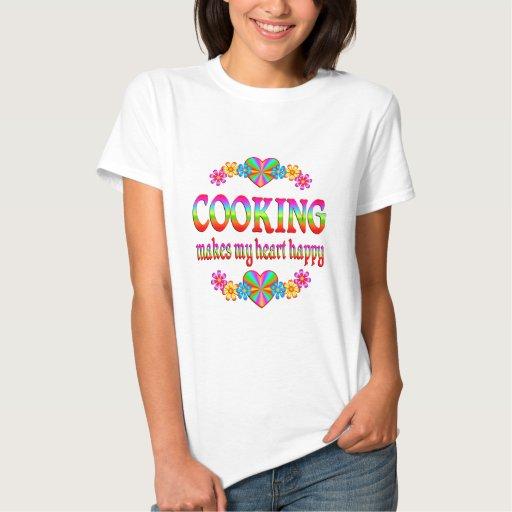Cocinando el corazón feliz t shirts