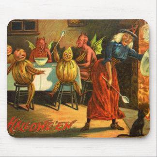 Cocinar a la bruja de Halloween Alfombrilla De Ratón