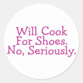 Cocinará para los zapatos ningunos seriamente pegatina redonda