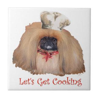 Cocinero de Pekingese - hembra Teja Cerámica