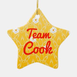 Cocinero del equipo adorno navideño de cerámica en forma de estrella