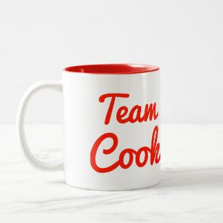 Cocinero del equipo taza dos tonos