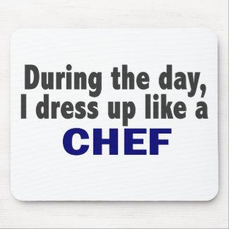 Cocinero durante el día alfombrillas de ratón
