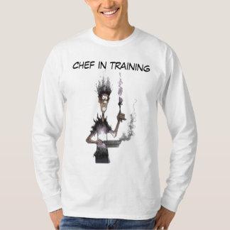 Cocinero en camisa del entrenamiento