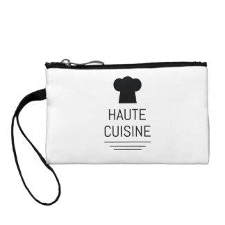 Cocinero francés de la cocina de Haute que cocina