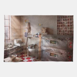 Cocinero - panadero - el horno del pan toalla