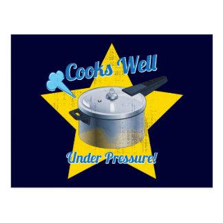 Cocineros bajo presión tarjetas postales