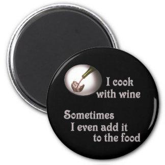Cocino con el vino #3 imán redondo 5 cm