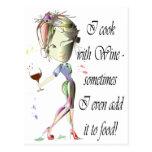 Cocino con el vino, añado a veces al regalo divert tarjeta postal