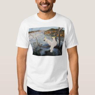 Cockatoos Azufre-Con cresta en las montañas azules Camisas