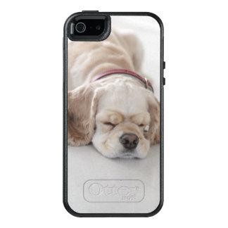 Cocker spaniel dog sleeping OtterBox iPhone 5/5s/SE case