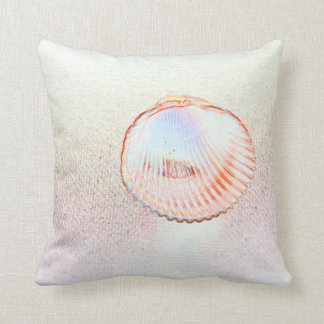 cockle shell invert outline beach design throw pillow