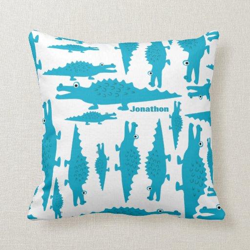 Cocodrilo azul de la aguamarina del sitio del much almohadas