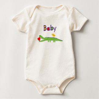 Cocodrilo, polluelo y corazón del bebé por el body de bebé