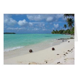 Cocos en la tarjeta de la playa