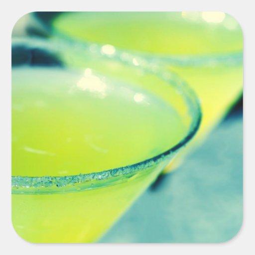Cóctel de la gota de limón calcomanias cuadradas