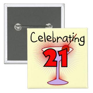 Cóctel que celebra 21 camisetas y regalos pin