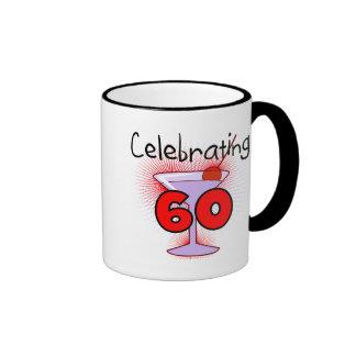 Cóctel que celebra 60 camisetas y regalos taza de café