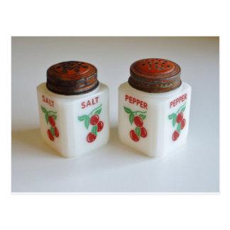 Coctelera de sal y de pimienta del vintage tarjeta postal