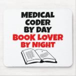 Codificador médico del aficionado a los libros alfombrillas de raton