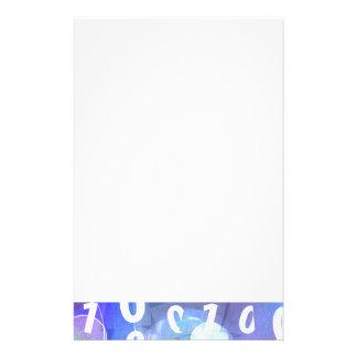 Código binario en azul y púrpura  papeleria