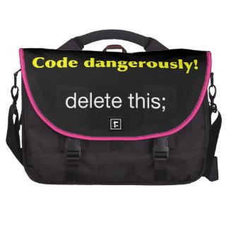 Código peligroso bolsas de portátil
