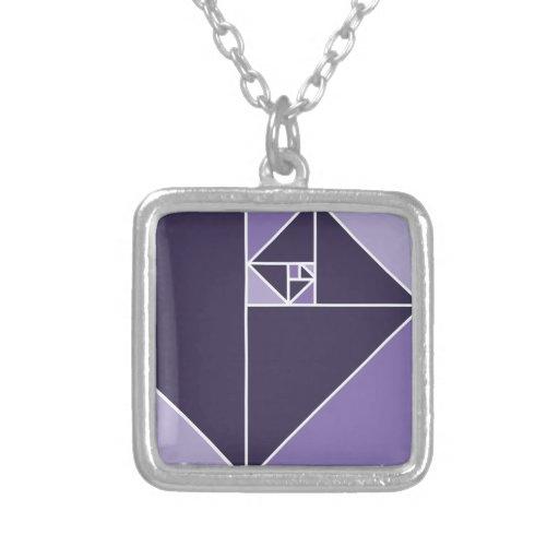 Coeficiente de oro (púrpura) colgante cuadrado