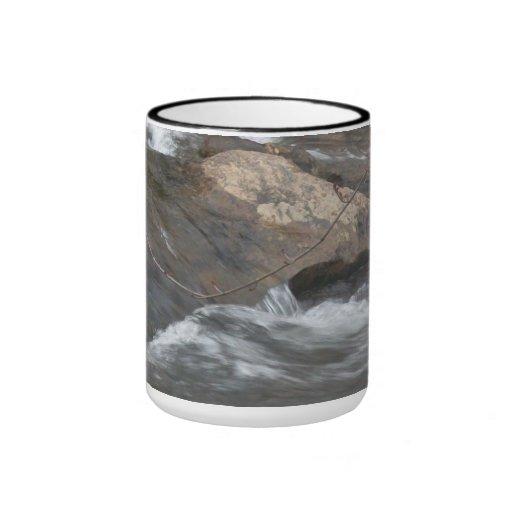 COFFEE MUG WITH MOUNTAIN WATERS