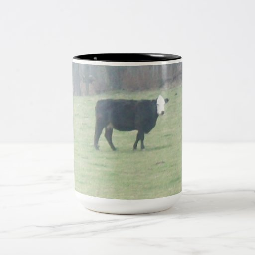 COFFEE MUG WITH PICTURE OF A COW