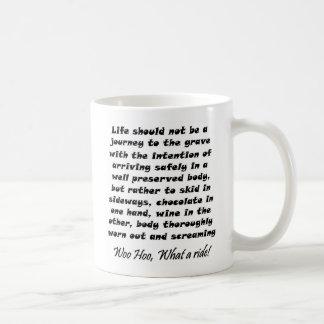 Coffeecups divertidos del cumpleaños de los taza clásica