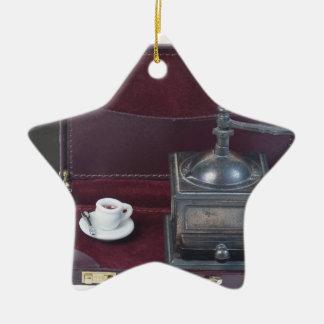 CoffeeGrinderInBriefcase082414 copy.png Adorno Navideño De Cerámica En Forma De Estrella