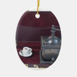 CoffeeGrinderInBriefcase082414 copy.png Adorno Navideño Ovalado De Cerámica