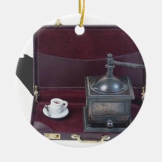 CoffeeGrinderInBriefcase082414 copy.png Adorno Navideño Redondo De Cerámica
