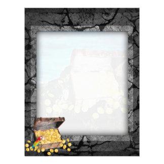 Cofre del tesoro del oro en las rocas tarjetón