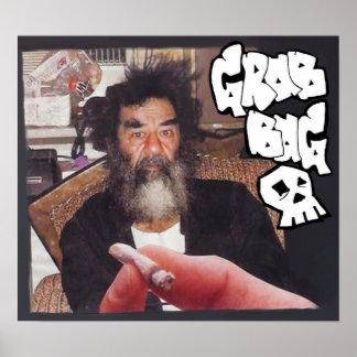 Cogí el poster del EP de Saddam