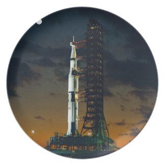 Cohete de Saturn V Platos De Comidas