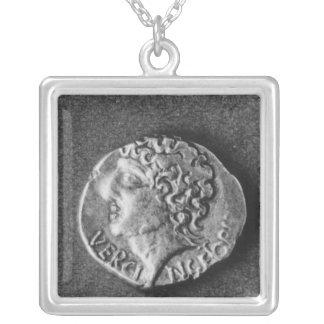 Coin bearing the effigy of Vercingetorix Necklace