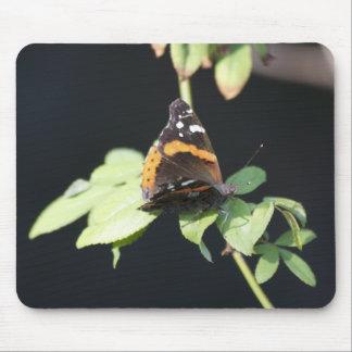 Cojín de ratón anaranjado y negro de la mariposa mouse pad